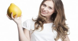 Wiki Juices - Pomelo and beautiful girl