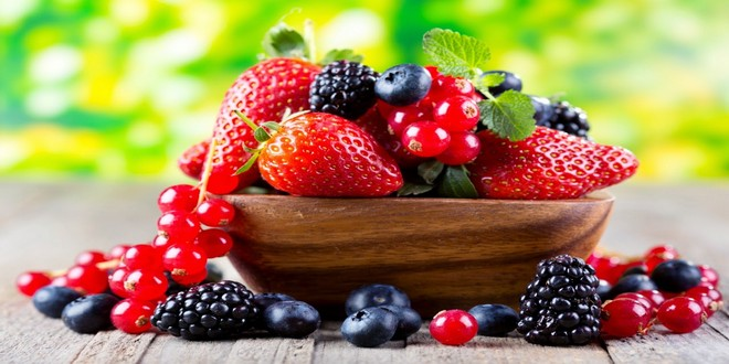 Wiki Juices - Blackberries with Strawberries and Cranberries