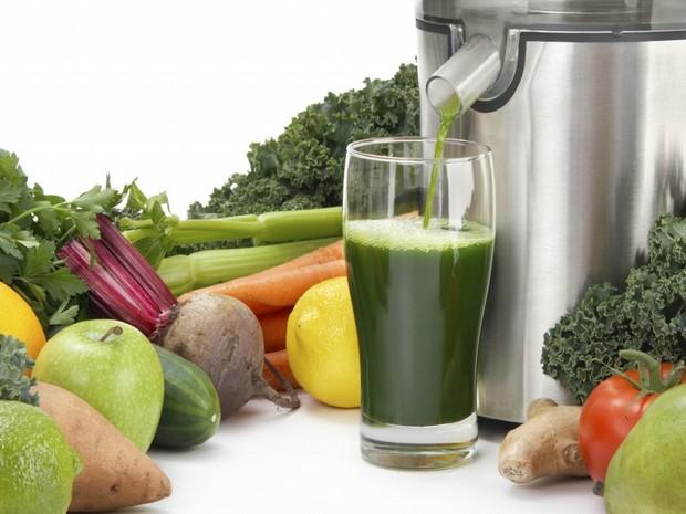 Wiki Juices - Juicer and Kale juice