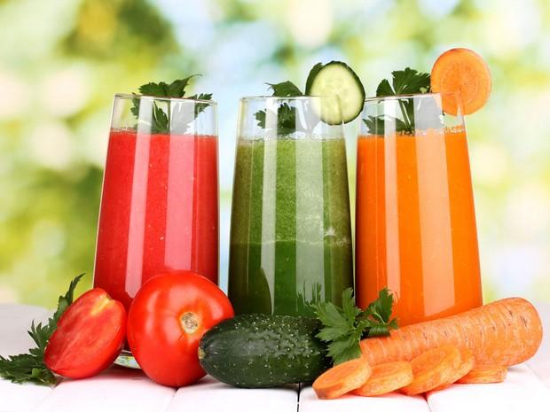 Wiki Juices - Breville JE98XL Juicer Tomato Juice