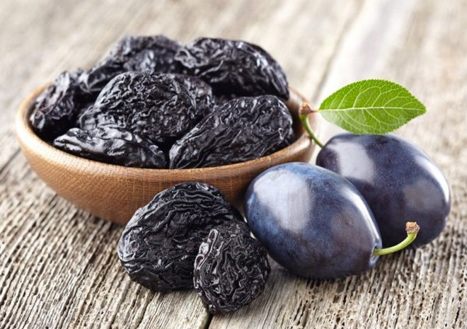 Wiki Juices - Plums and Prunes